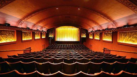 feature_Phoenix_cinema_auditorium