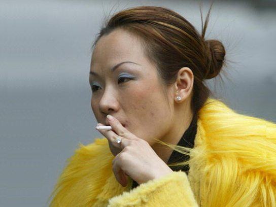 China woman smoker