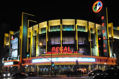 Regal Cinema Stadium 18 Los Angeles