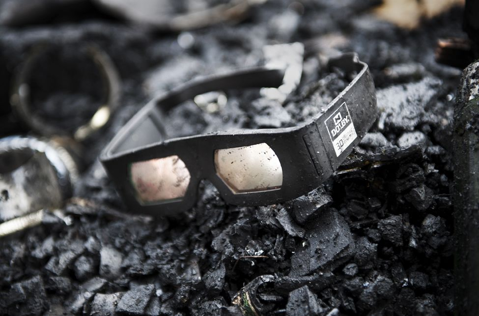 Houdini fire Dolby glasses