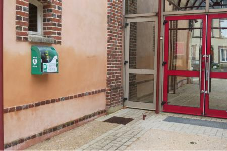 Defibrillator cinema France