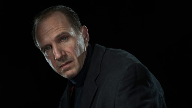 Ralph Fiennes as Richard III