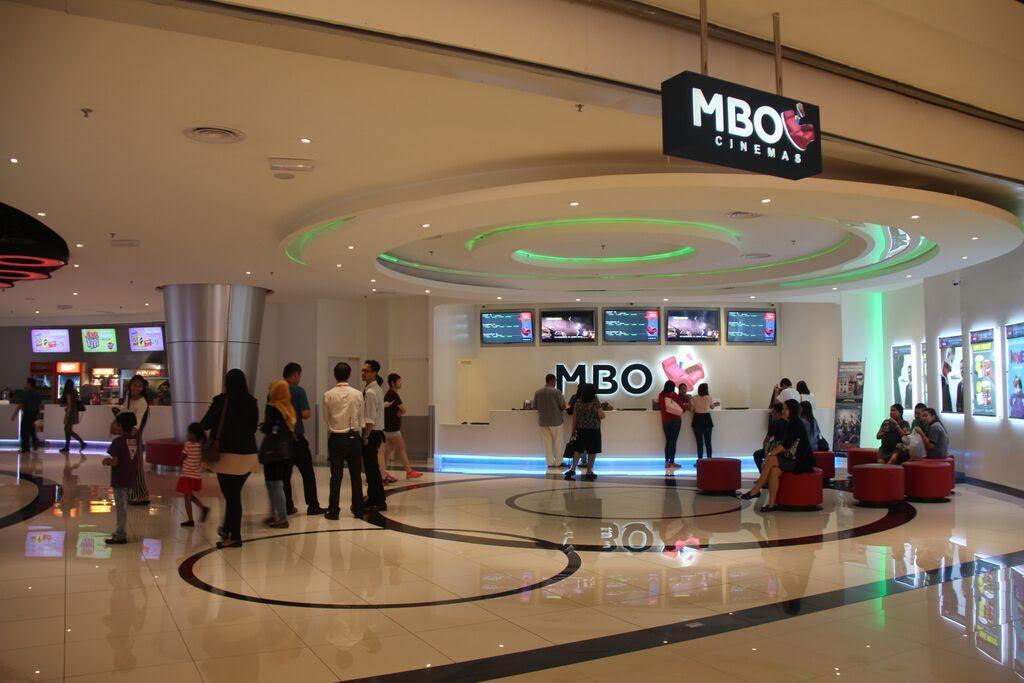 MBO Cinema lobby.