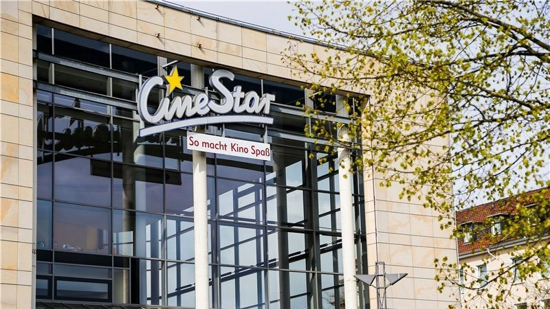 CineStar Osnabruck - an infestation of roaches and employment tribunal lawyers. (photo: NeuOZ)