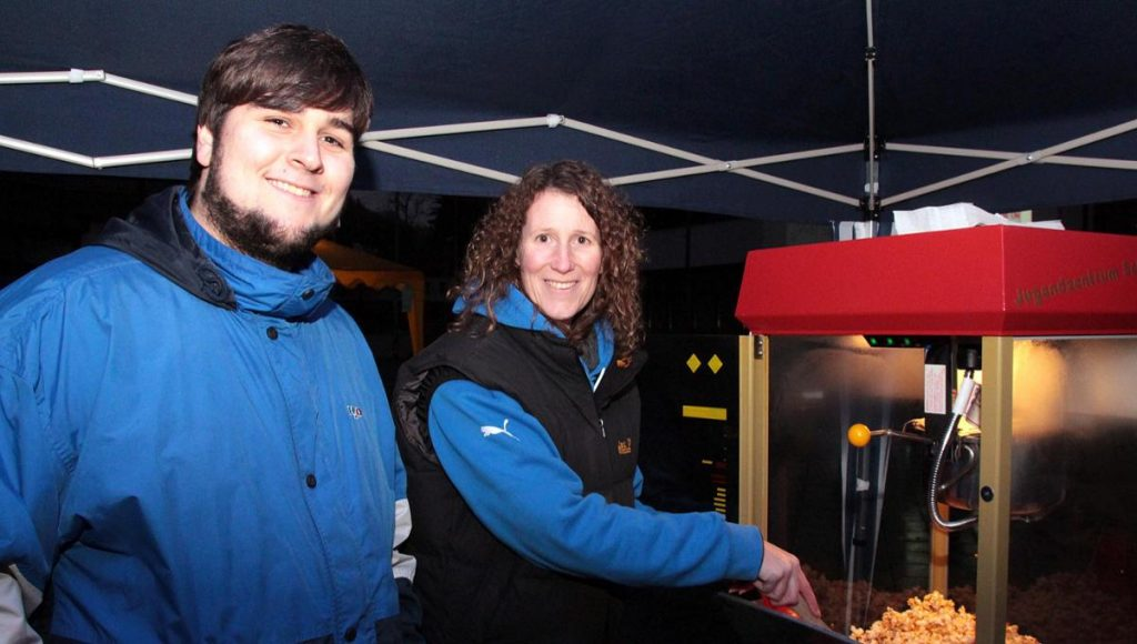 Fresh and warm popcorn still no match for the cold at Winterkino. (photo: come-on.de)
