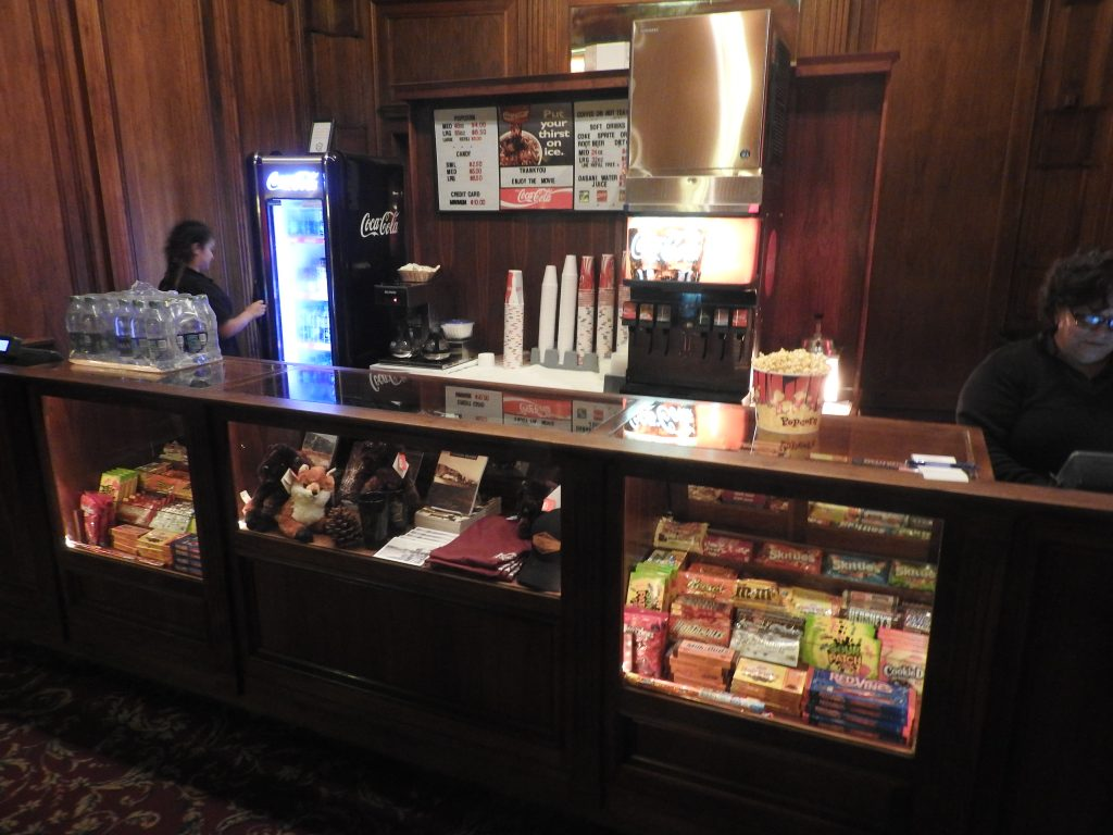 The Avalon Theatre, Catalina, concessions bar. (photo: Patrick von Sychowski / Celluloid Junkie)