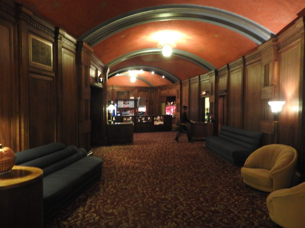 Avalon Theatre lobby - oozing history and charm. (photo: Patrick von Sychowski / Celluloid Junkie)