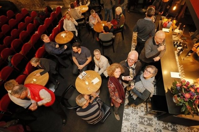 Kino Freienstein celebrates re-opening. (photo: Sibylle Meier / Zuonline)