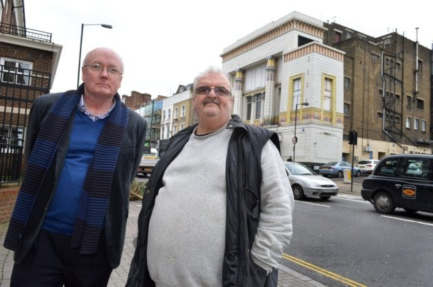 Blocking the cinema plans. (photo: Polly Hancock / Islington Gazette)