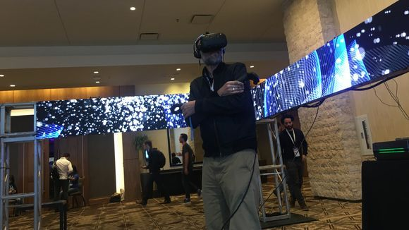 Testing VR at SXSW. (photo: Rick Jervis/USA TODAY)