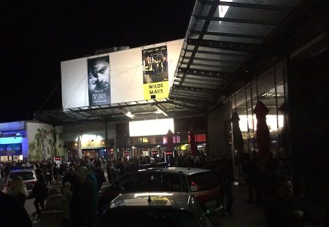 Cine Nova evacuated after bomb hoax call. (photo: Monatsrevue.at)