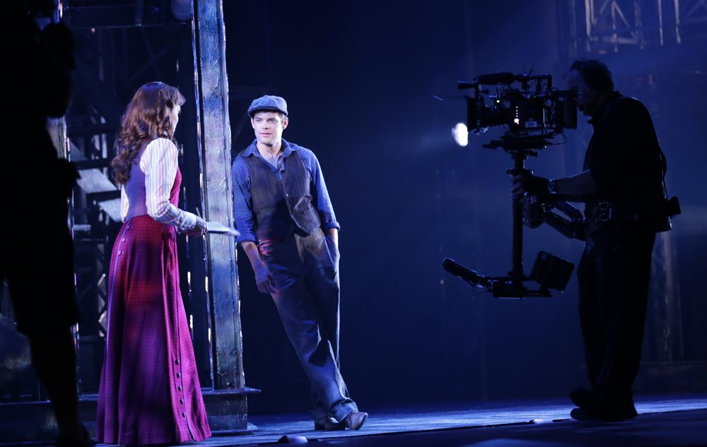 Newsies - Jeremy Jordan and Kara Lindsay - Filming In Los Angeles 2016