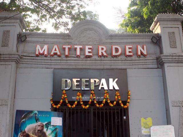 The Deepak cinema in Mumbai's Lower Parel. (photo: Pratham Gokhle/Hindustan Times)