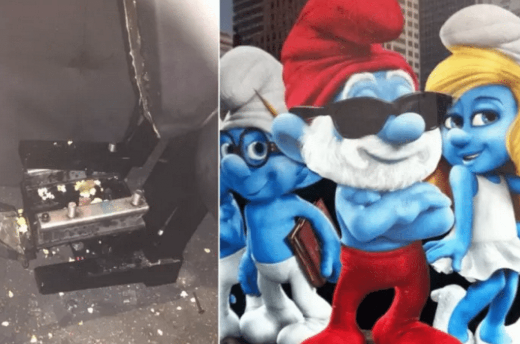 Seat and Smurfs. (photo: NewsLetter)