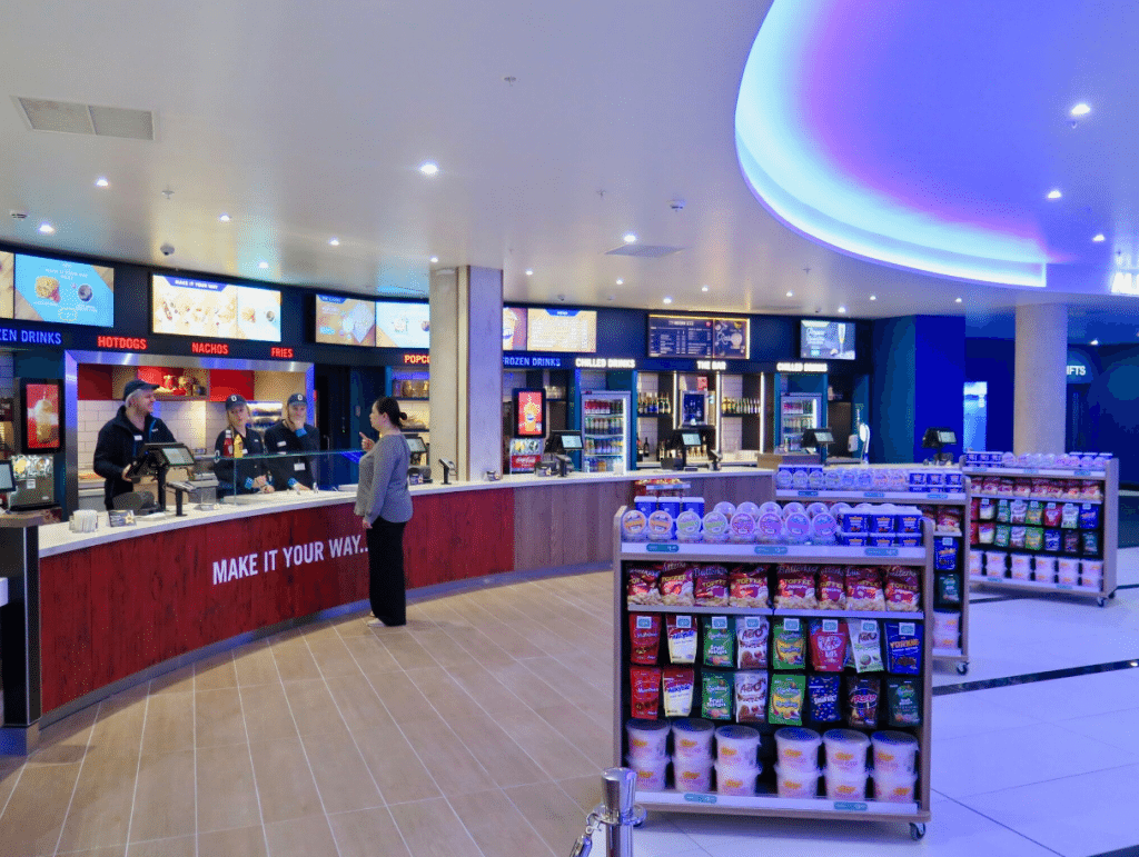 Concessions counter at Odeon Bournemouth. (photo: Martek)