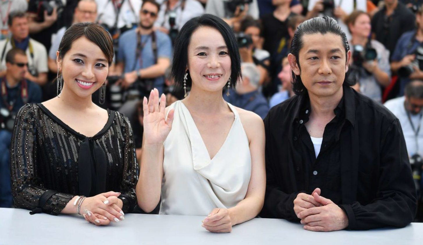Ayame Misaki, Naomi Kawase and Masatoshi Nagase during Radiance Photocall at 2017 Cannes Film Festival