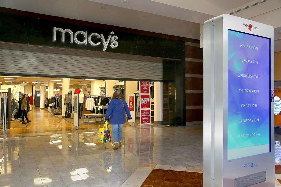 Goodbye Macy's, Hello cinema. (photo: Liz Hafalia / The Chronicle)