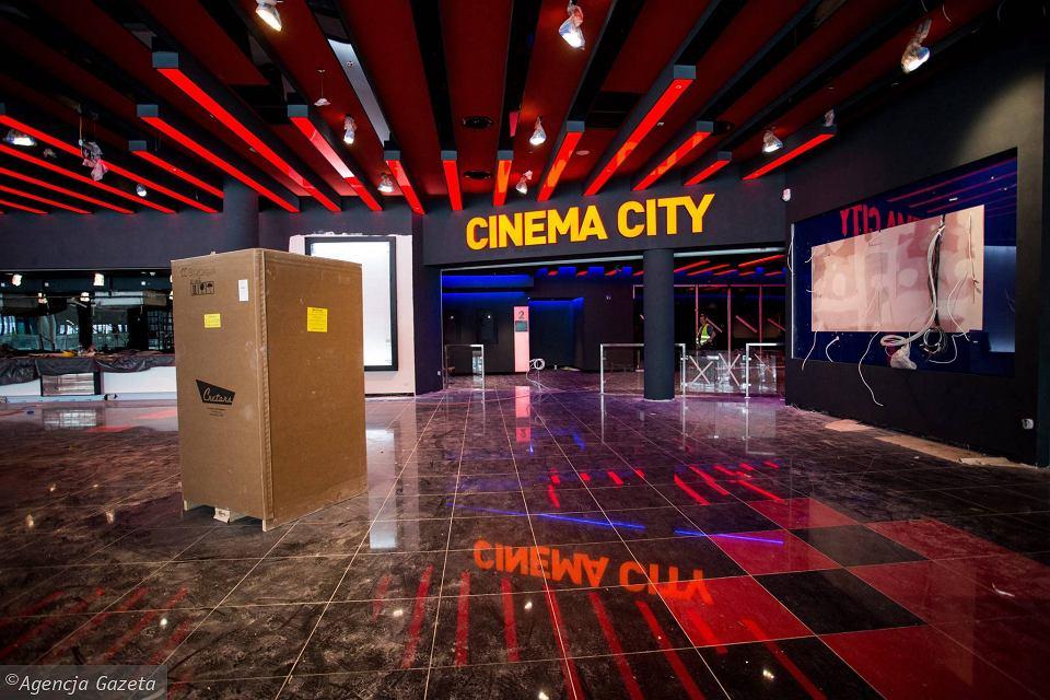 Warsaw's latest Cinema City opening soon. (photo: Adam Stepien / Gazeta Wyborcza)