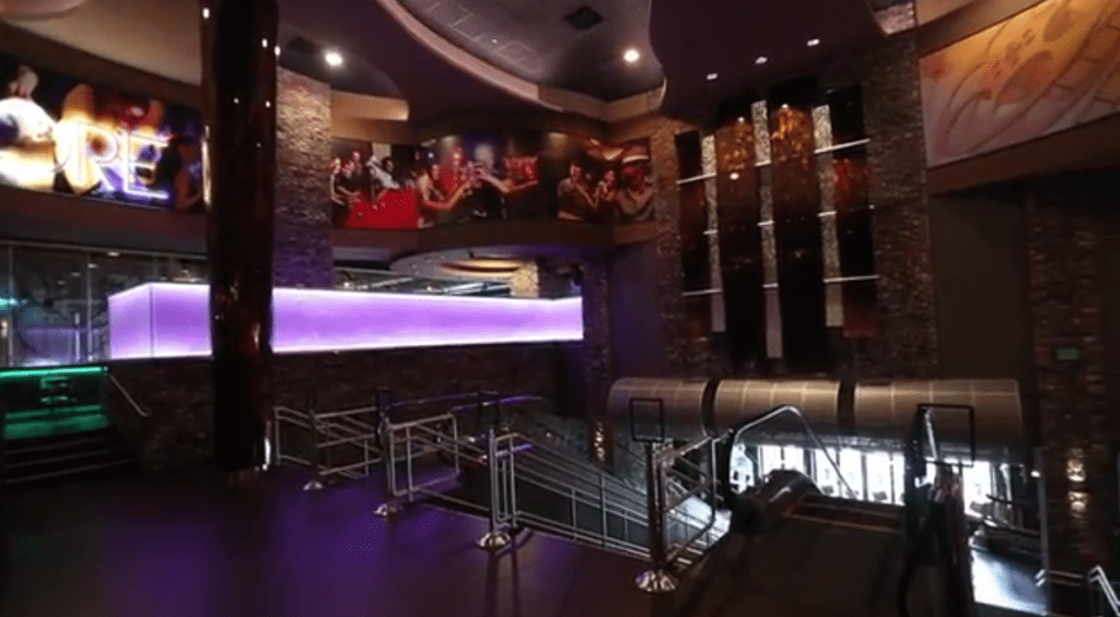 Interior Peninsula Movie Bistro interior. (image: Daily Press screengrab)