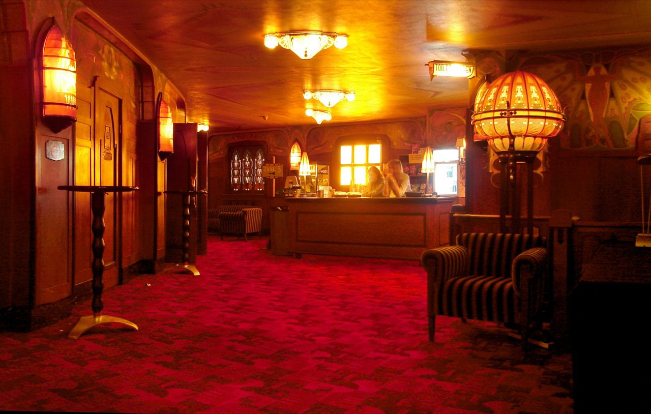 Tuschinski Theatre Second Floor Bar