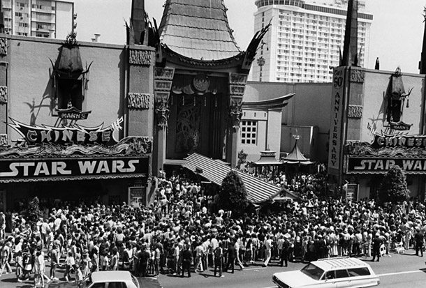 Graumna Chinese Theatre Star Wars 1977.
