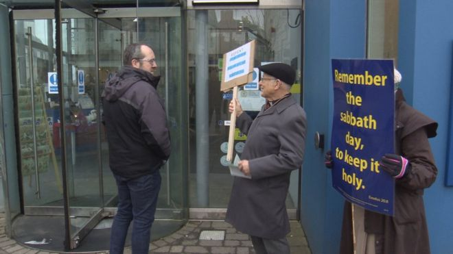 Sabbatarians protest Sunday cinema screenings. (photo: BBC)