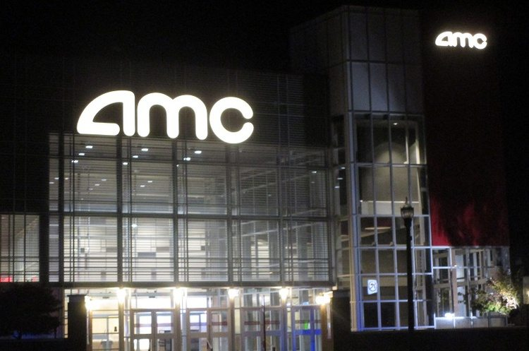 AMC in downtown Kalamazoo where waterpipes froze and burst. (photo: John McNeill/WIN)