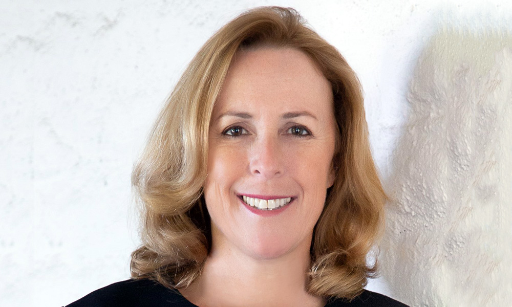 Susie Beiersdorf - Vice President of Sales Cinema, Christie