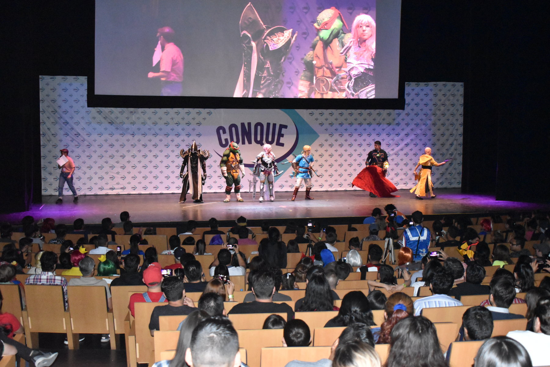 Christie Wows Audiences at the Mexican Comic Convention With its