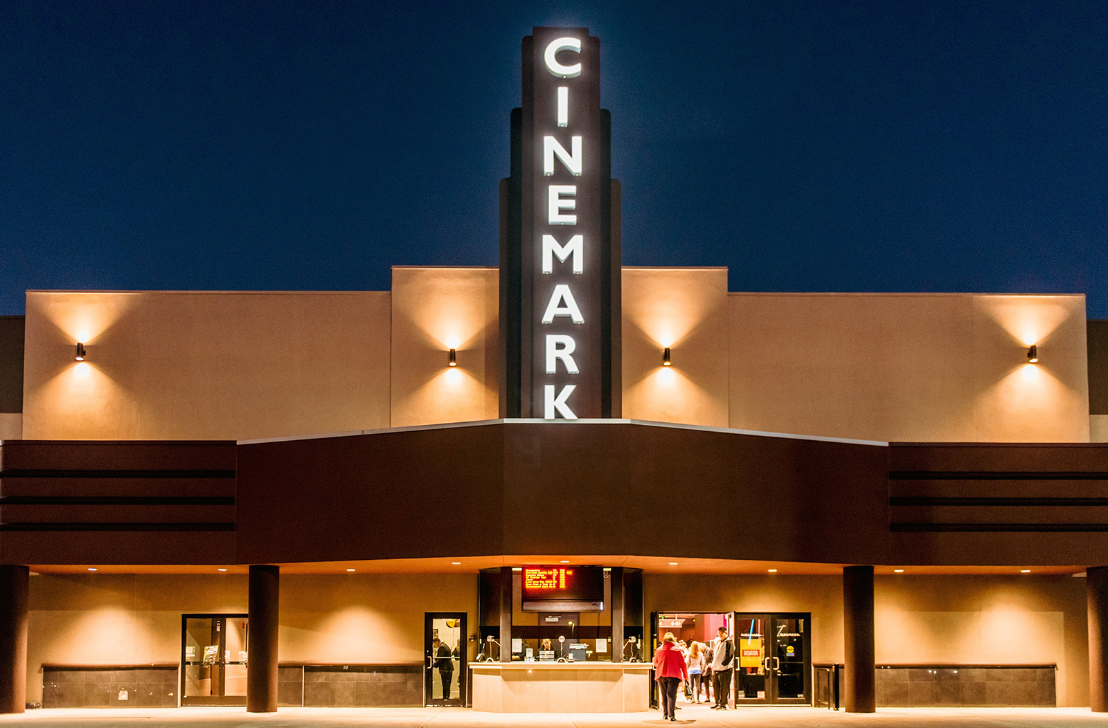 Cinemark theaters south point casino